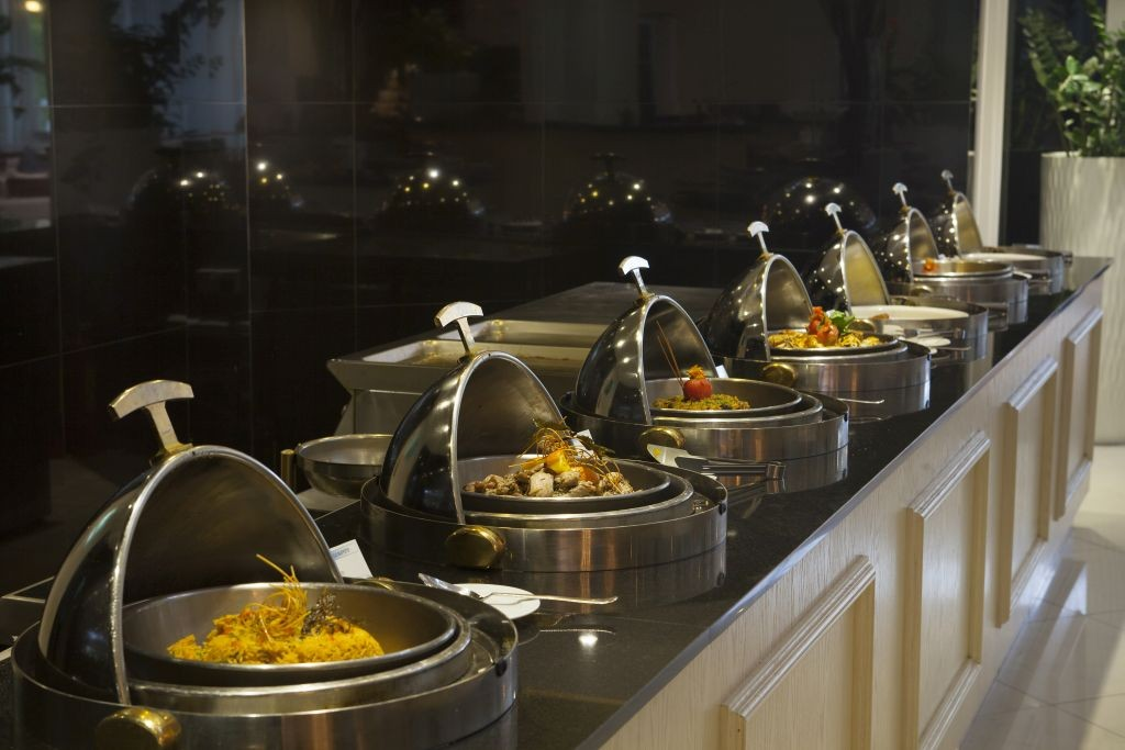 WARM-BUFFET-SETUP-1024×683