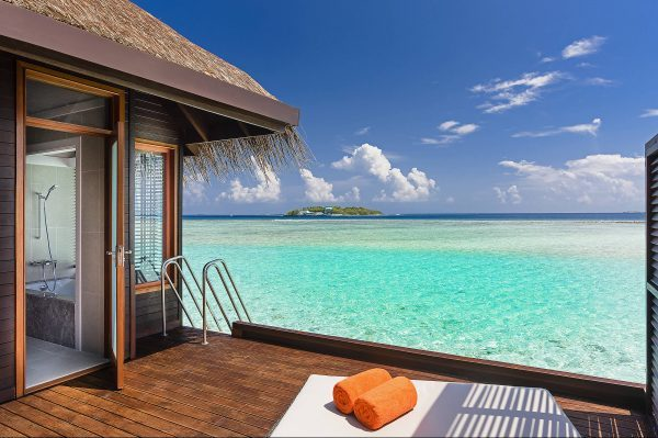 sheraton-full-moon-resort-water-bungalow-with-pool-maldives-spa-hotel-amenities-1